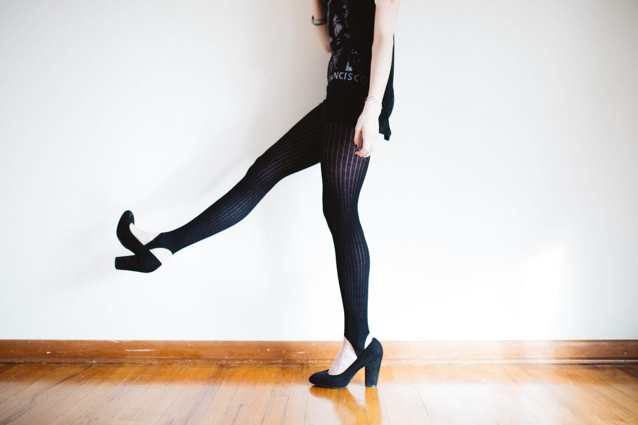 avoid laddering tights for alternative nail varnish uses